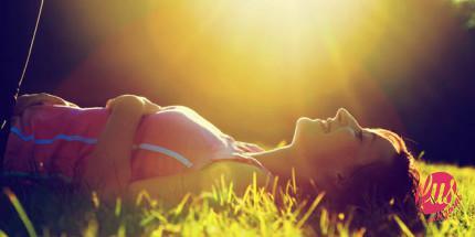lying-in-sun-w